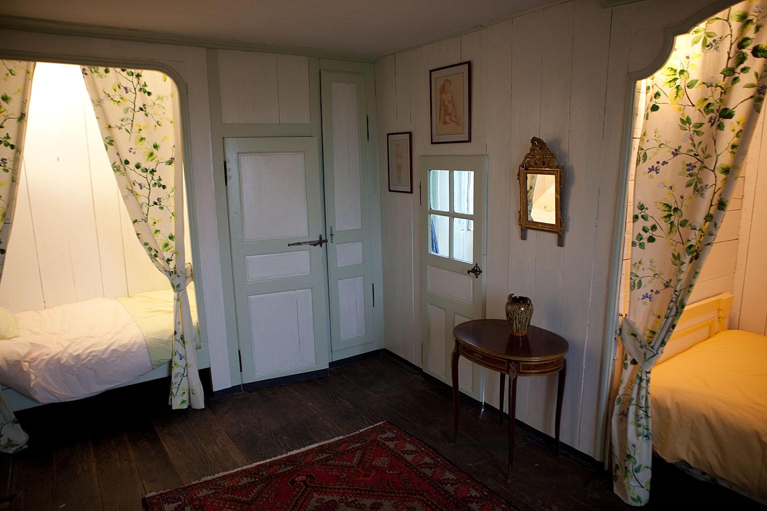 Alcove pour chambre for Chambre bleue tunis